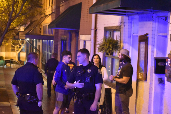Clarksville Police Officers respond to incident on Strawberry Alley
